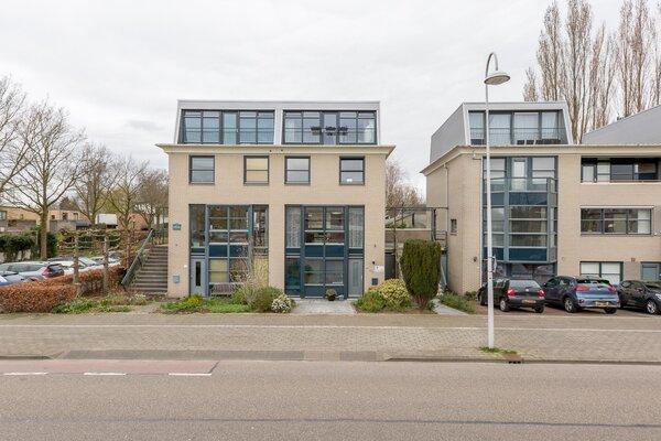 woning aangekocht door Reinerie Garantiemakelaars aan de Afrikaring 91 Amersfoort