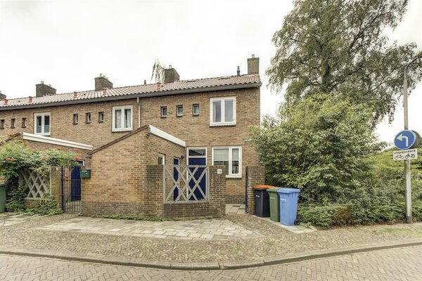 woning aangekocht door Reinerie Garantiemakelaars aan de Acaciastraat 18 te Amersfoort