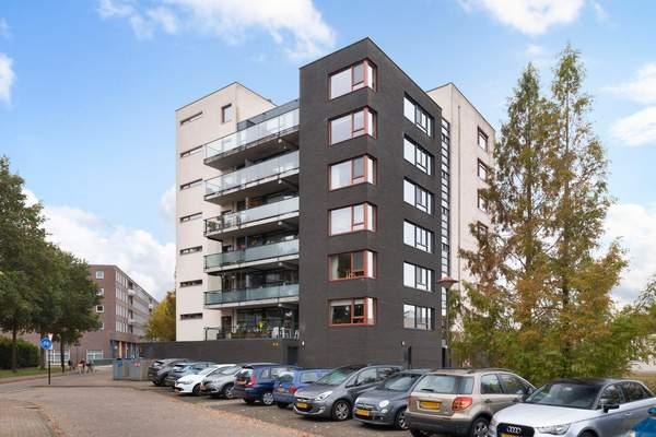 woning aangekocht door Reinerie Garantiemakelaars aan de Lage Boog 55 Amersfoort
